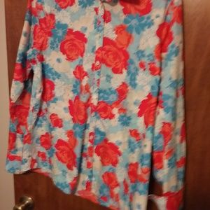 Land's End floral long sleeve shirt